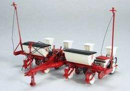 White 5400 4 Row Planter